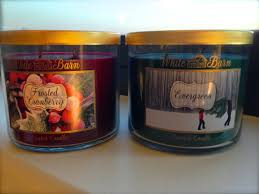 frosted cranberry candle bath and body works bath body works frosted cranberry and evergreen candle reviews