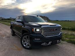 2017 GMC Sierra 1500 Denali - 5 Things You Need to Know - Pickup ...