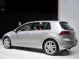 2015 Volkswagen Golf Specs and Photos | StrongAuto