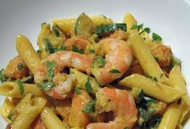 Risultati immagini per •Penne con Gamberi e Zucchine: Gamberi, Zucchine, Panna Fresca, Prezzemolo.