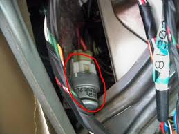 blower motor relay location nasioc while you re looking around up there you will probably come across a green relay which is for the fuel pump and a big brown box which is the ignition main