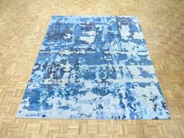 8 x hand knotted modern abstract bamboo silk light blue oriental rug safavieh evoke vintage ivory