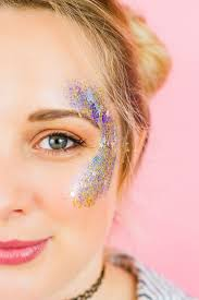 diy you own glitter station at you wedding or party how to do glitter face