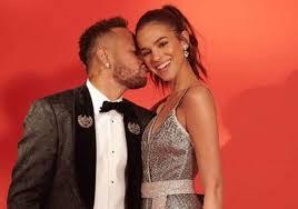 Fotos de Neymar Jr. e Bruna Marquezine voltam à tona na web e internautas  celebram