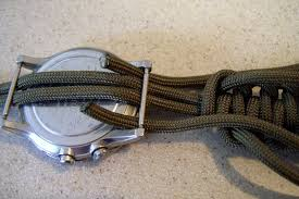 picture of paracord watchband bracelet with a side release buckle
