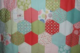 Sisters and Quilters}: Half Hexie Quilt Pictures & Half Hexie Quilt Pictures Adamdwight.com