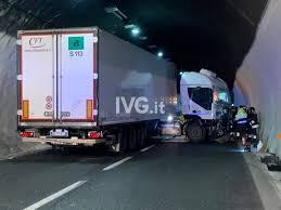 Incidente in galleria sulla Autostrada A10 - Genova24.it