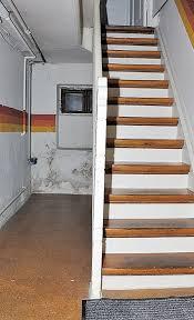 Zeit, die außentreppe zu sanieren: Kellertreppe Renovieren Selbst De