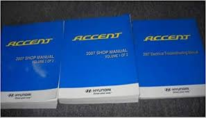 2007 hyundai accent service repair shop manual set 07 2 volume set 2007 hyundai accent service repair shop manual set 07 2 volume set plus electrical wiring diagram hyundai corporation amazon com books