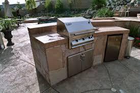 Barbecue Da Esterno In Pietra : Quali sono i fattori da considerare per la corretta progettazione