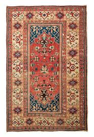 given the similarities of many details this rug was probably made by the same weaver as the achdjan tabibnia single niche