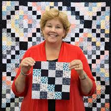 Crossing Paths Quilt Tutorial & New Crossing Paths Quilt Tutorial from Jenny Doan of Missouri Star Quilt Co. Adamdwight.com