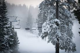 45%45°34°rain and snow today with a high of 45 °f (7.2 °c) and a low of 34 °f (1.1 °c). Bitter Cold Snow Perfect Recipe For Lake Tahoe Ski Resorts