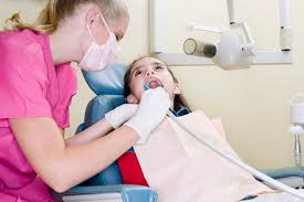 What Is The Starting Salary For A Dental Hygienist Woman