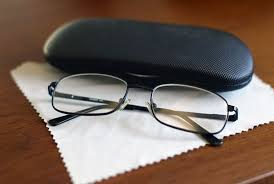 how to clean your glasses the right way thelook clearly ca eyewear fashion thelook clearly ca eyewear fashion