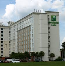 Orlando 3 Bedroom Suites Book Holiday Inn Suites Across From Universal Orlando Orlando