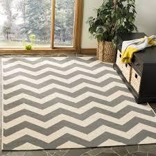 safavieh courtyard chevron grey beige indoor outdoor rug safavieh outdoor rugs safavieh amherst beigelight gray ft 10 indooroutdoor safavieh outdoor rugs