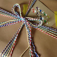 gift wrapping image 1