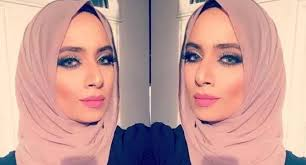saman became an internet hit for her diffe ways of wearing hijabs the 35 year old