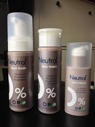 Neutral face wash review