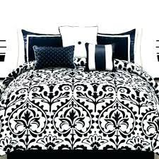What size is a queen comforter Linens Black Hokkeist Black And White Striped Comforter Set Black And White Bedding
