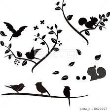 木の上の小鳥とリスのシルエットのイラスト素材 By ろじ Artwork 鳥