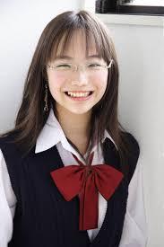 メガネ女子のかわいい髪型ヘアスタイル画像集 Naver まとめ