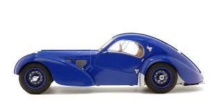 Även i grundversionen var type 57 en mycket sportig bil som också passade för långa resor. Bugatti Type 57 Sc Atlantic Dark Blue 1937 Solido