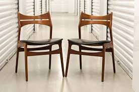 erik buch model 310 dining chairs