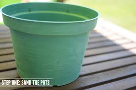 Faux Stone Painted Plastic Flower Pot Tutorial // Recycle Your Flower Pots!