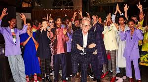 <b>Paul Smith</b> | Spring Summer 2019 Men's and Women's Show ...