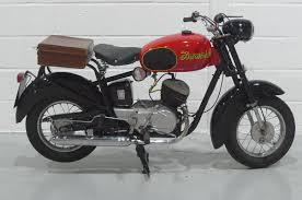 moto 125. iso moto 125 t
