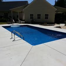 Backyard Oasis Pools and Construction Swimming Pool