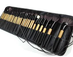 plete in function this brush collection packs 32 must have tools into one smart black case concealer foundation face blender eye shadow eye liner