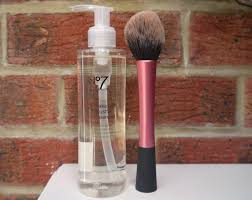 the lazy s brush cleaner no7 brush cleanser