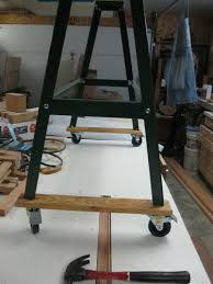 harbor freight lathe stand. i wanted the lathe mobile so set stand on casters. harbor freight y