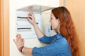 reasons your circuit breaker keeps tripping repair home matters ahs breaker keeps tripping how to fix at Fuse Box Breaker Keeps Tripping