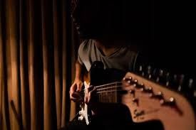 9 Things Every Guitarist Should Know