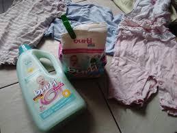 Попробовала детский порошок burti очень довольна запись  Хорошо что порошок еще и заботится о ткани как заявляет производитель Потому что стирать детские вещи приходится часто через день я точно стираю