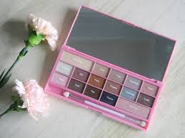makeup revolution i heart chocolate pink fizz eyeshadow palette