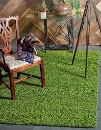 cozy collection solid grass green rug 7 x 10