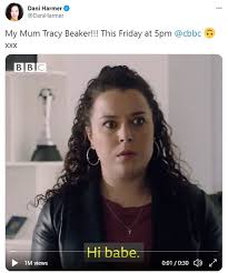 Jess beaker loves her life with her mum tracy, until famous footballer sean godfrey enters the picture! Wxap07ffvgmqhm