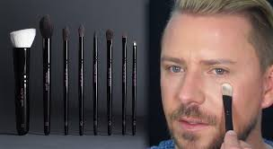 wayne goss brushes where to in singapore and what s with the hype