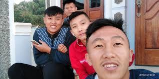 Aly yang - ອ້າຍມາ:4ຄົນ   Facebook