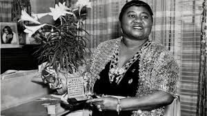 Hattie McDaniel becomes first <b>African American</b> actress to win Oscar ...