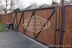 vinyl fence with metal gate. Chicago Wood Fencing Vinyl Fence With Metal Gate