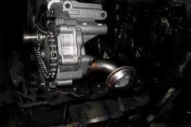 Signs That An Oil Pump Needs Replacing