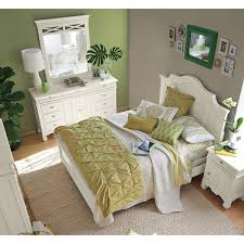 Plantation Bedroom Furniture Plantation Cove Queen Panel Bed White Value City Furniture