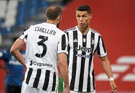 Iuventūs, phát âm tiếng ý: Juventus In Bologna Um Letzten Champions League Strohhalm Fussball Derstandard De Sport