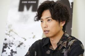 桐山漣の髪型はパーマやセンター分けセット法も紹介 男の髪型特集